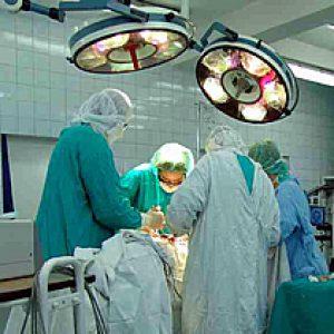 Zdjęcie z sali operacyjnej podczas zabiegu